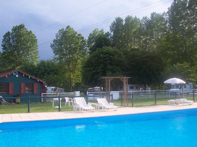 La consultation et le depot gratuits d 39 annonces de for Camping avec lac et piscine